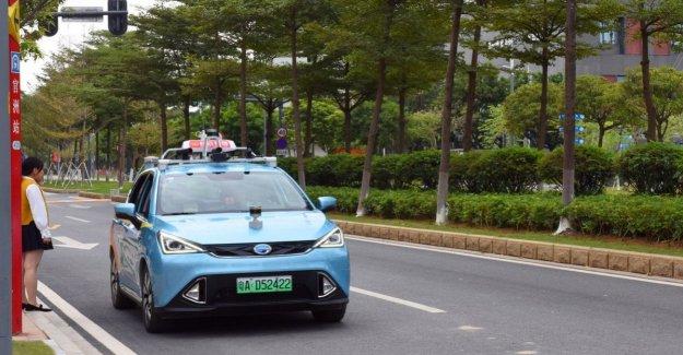 Taxi sin conductor, en China, en el inicio de la prueba