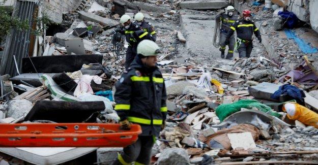 Terremoto de Albania, encontró a los otros 10 cuerpos bajo los escombros. Se eleva a 40 el número de víctimas
