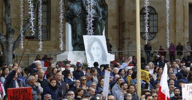 Asesinato Caruana, en miles contra Muscat Malta sitiaron el Parlamento