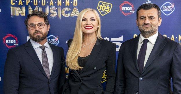 Bari, la víspera de año nuevo en la música en el Canal 5 con Federica Panicucci. Entre los invitados volver a J-Ax y Rovazzi