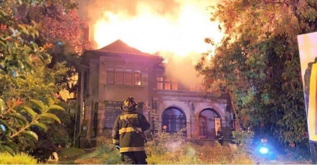 Chile, Casa en llamas, Italia, del patrimonio de la comunidad