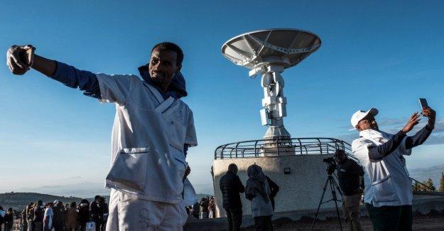 Etiopía lanza su primer satélite de una base en china
