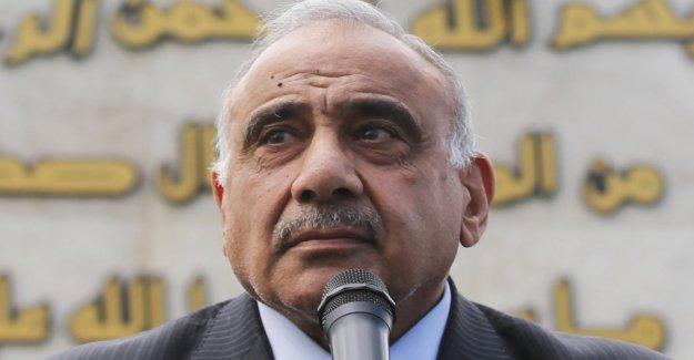 Irak, el Parlamento acepta la renuncia del premier Mahdi