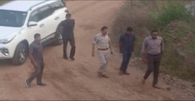 La India, acusado de violación y asesinato de una veterinaria asesinado por la policía