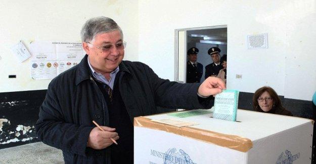 Regional, Zingaretti en Calabria para satisfacer Callipo. Deslizar las aplicaciones de la M5S. El caos también a la derecha