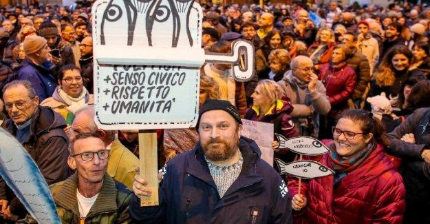 Sardinas sábado, llegan en Bari y Foggia. El Sur tiene el deber de participar en esta protesta