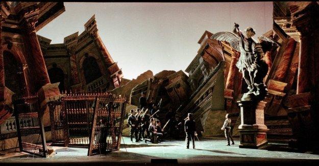 Una Tosca moderno para el Primero de la Escala: Chailly y Livermore todavía juntos, de Puccini