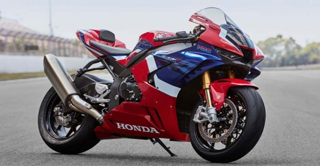CBR1000RR-R Fireblade, soñando con la Superbike
