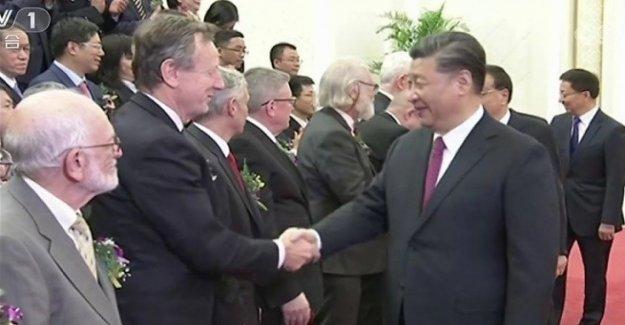 El científico Roberto Battiston otorgado por el presidente de china, Xi Jinping