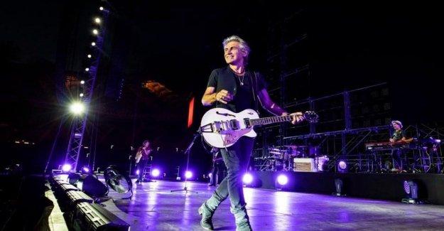 Ligabue, '30 años en un día', el concierto para celebrar la larga carrera está agotado