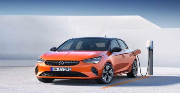 Opel Corsa-batir las hermanas de la gasolina y el diesel