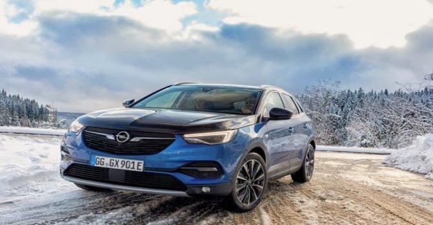 Opel Grandland X, ahora también disponible en un Plug-In Híbrido