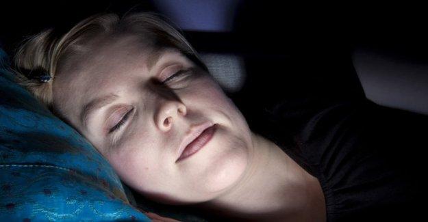 Para combatir el insomnio aprender a apagar las luces