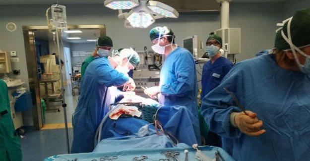 Cirugía Mini-invasiva sin intubación para extirpar un pulmón.