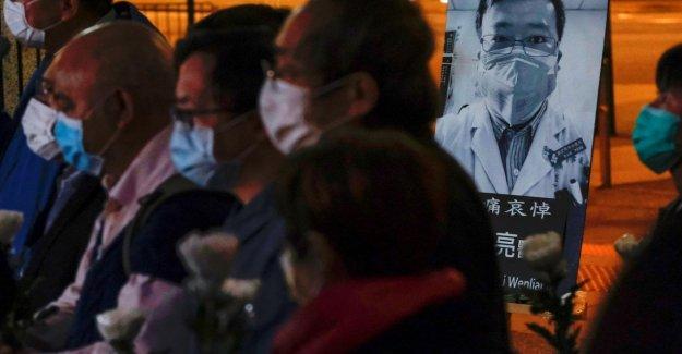 Coronavirus, la muerte del héroe médico da rienda suelta a la ira en contra de Beijing