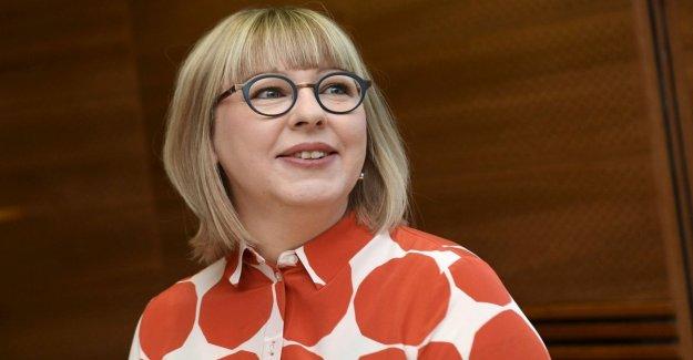 Finlandia, el premier mantiene su promesa: la misma licencia parental para los papás