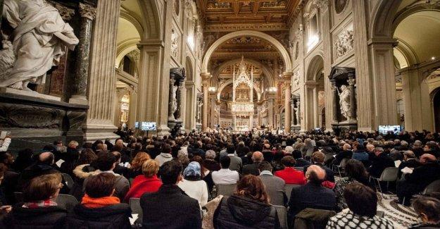La comunidad de Sant'egidio, el partido de 52 años en la basílica de San Giovanni in Laterano