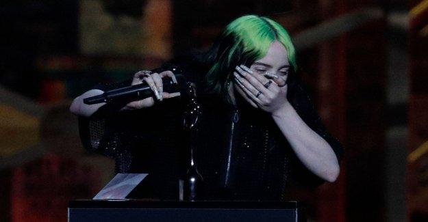Los Premios Brit, Billie Eilish en lágrimas en el escenario: Últimamente me he sentido odiado