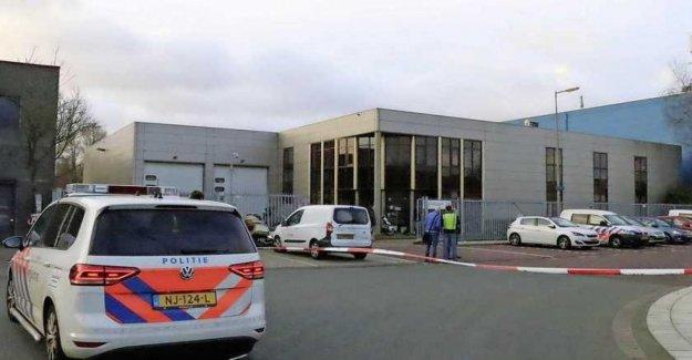 Los países Bajos, explotar dos cartas bomba en la oficina de correos de Amsterdam y Kerkrade