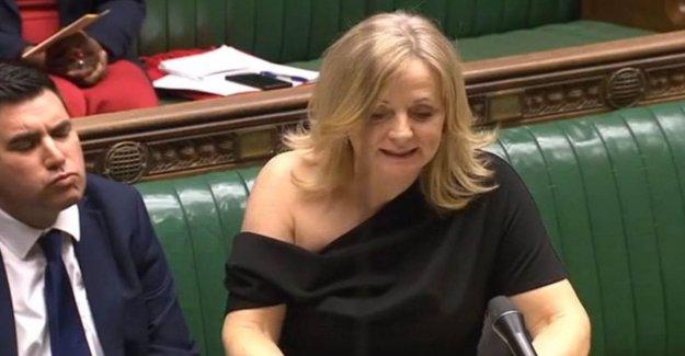 Miembro de la british insultado a el desnudo hombro: yo No soy una mujerzuela