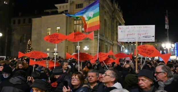 Regional, a partir de las Sardinas a la apelación al centro: En la región de Apulia, tenemos que unirnos, o a quien se humilla el Sur