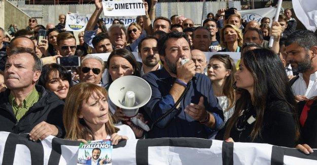 Roma derby de la Liga-Sardinas. Salvini: hablamos de la Capital, que sólo hablan de mí.