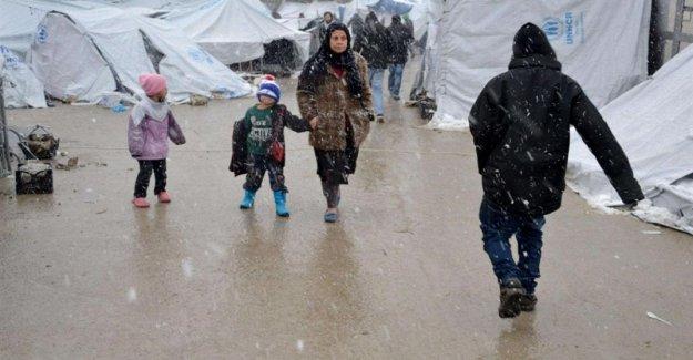 Siria, 500.000 niños refugiados: a partir de diciembre, en el Norte, Oeste, 77 fueron asesinados o heridos
