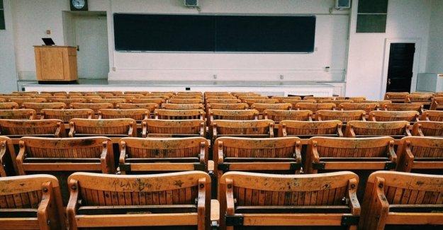 Coronavirus, algunos de los alumnos son los italianos: la escuela está cerrada para realizar la limpieza profunda