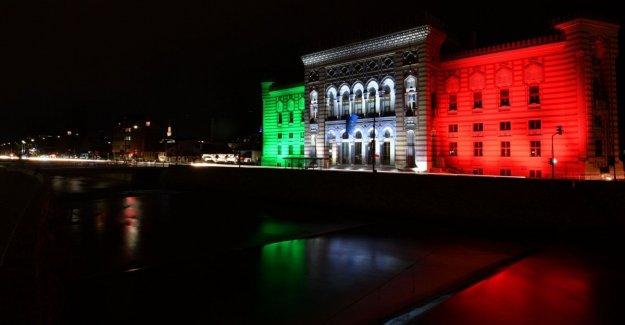 Coronavirus, el mundo se convierte tricolor: desde Sarajevo a Palestina, todos somos italianos