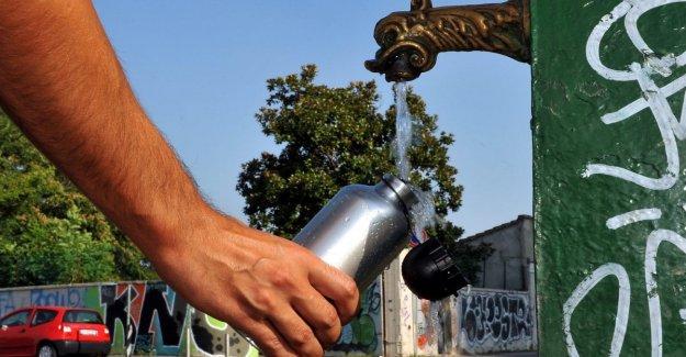 El agua no es infinita: recuerde que no debe desperdiciar