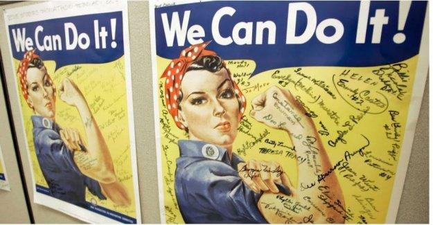 Estados unidos está muerto, Rosie la remachadora: la clase obrera-símbolo, que trabajó en los tanques contra los nazis