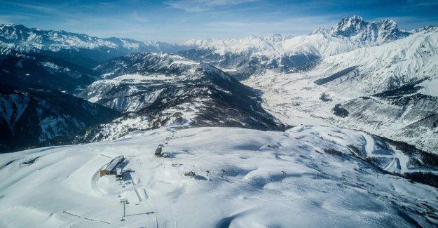 Georgia, un grupo de esquiadores arrastrado por una avalancha. Ministerio de relaciones exteriores: nosotros somos italianos
