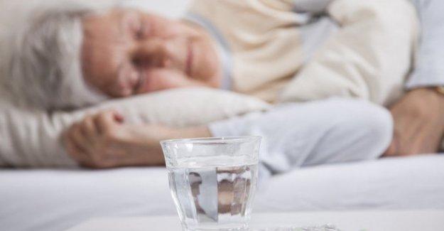 Los ancianos, si es demasiado sueño se convierte en el indicador de diabetes y problemas del corazón