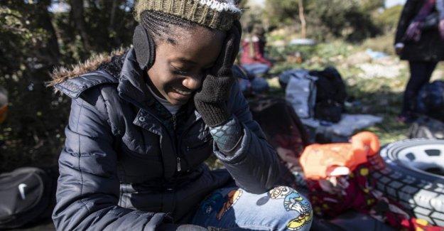Los refugiados de emergencia sigue siendo elevado la tensión en la frontera Grecia-Turquía. Salvini a la Ue: Enviar el ejército
