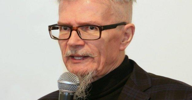 Murió el escritor y político Eduard Limonov