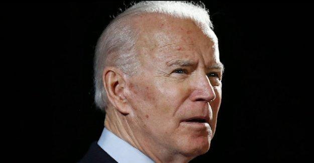 Biden toma el calor de los activistas de izquierda, Bernie ayudantes para 'usted no es negro observaciones