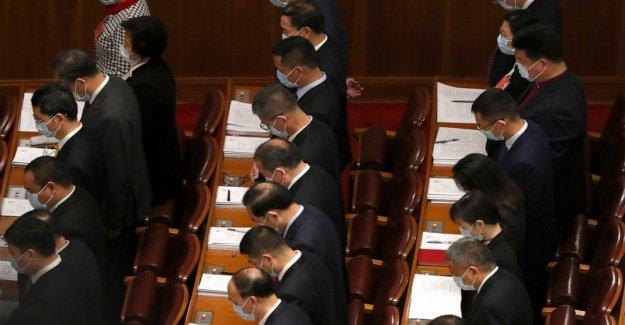 China aumenta el gasto de virus-hit de la economía, toma de hong KONG de la ley