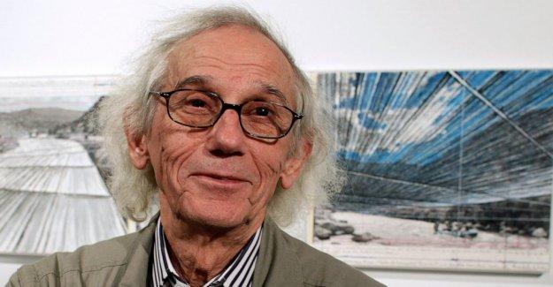 Christo, artista conocido por masiva, fugaz muestra, muere