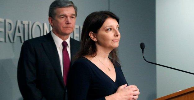 Como Trump se acerca la fecha límite, N. C. quiere más sobre el convenio