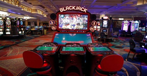 Desinfectar dados: los casinos de Las Vegas conseguir listo para rodar