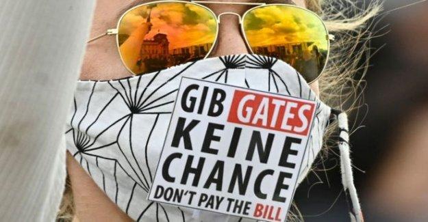 El Bill Gates 'microchip' de reclamación de los hechos comprobados