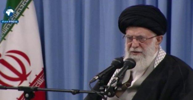 El líder supremo de irán pide la destrucción de Israel en Twitter regla anti-Israel de vacaciones
