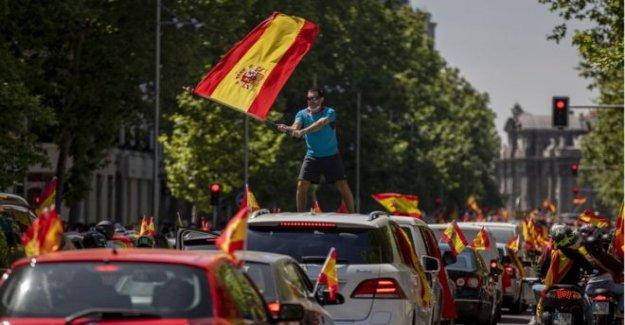 Español anti-bloqueo de seguridad de coche protesta atrae a miles de personas
