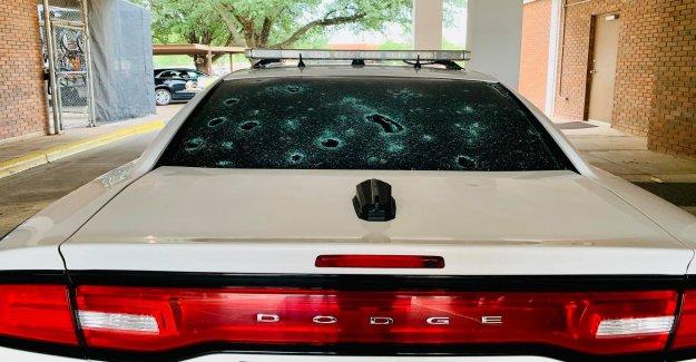 La ciudad de Texas cerró de golpe con una pelota de tenis de tamaño de granizo