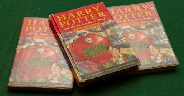 Libro de Harry Potter se encuentra en saltar vende por £33