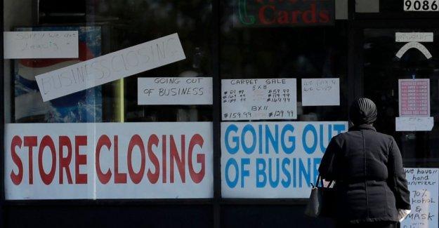 Mercado de trabajo sigue siendo sombrío, incluso de los estados UNIDOS, tentativamente, se vuelve a abrir