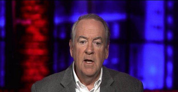 Mike Huckabee predice Biden-Trump debate será  muy feo a la vista,' Triunfo 'hará salchicha de' ex-VICEPRESIDENTE