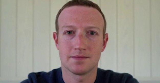 Turbias de mensajería: Facebook permitido 'Muerte a estados unidos' de publicidad, pero los censores NOSOTROS de vuelta al trabajo mítines
