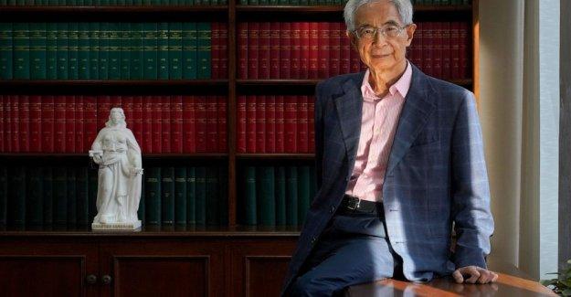 AP Entrevista: Martin Lee ve el final de la rae de Hong Kong que él sabe