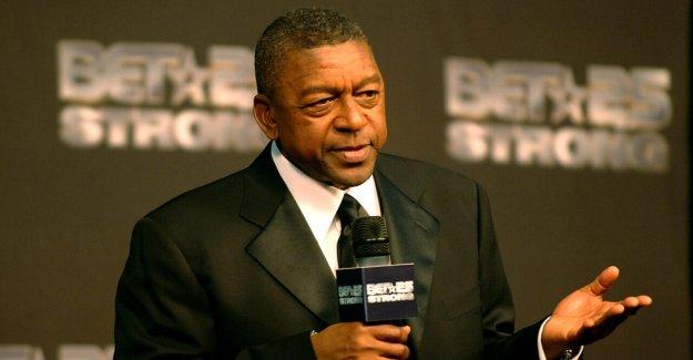 APUESTA fundador, Robert Johnson dice Dems tomar los votantes negros 'por descontado, en las convocatorias para la BLM para formar parte